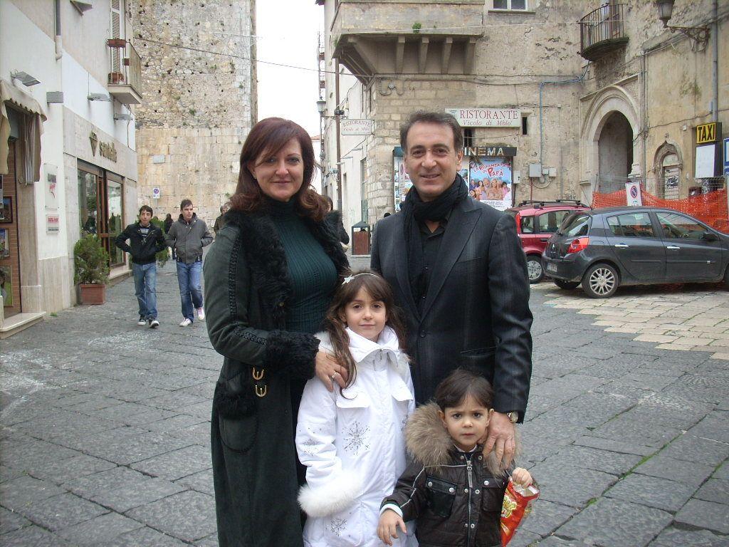 Donatella Fazzone, Luigi Fiore  e figli