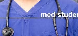 Laurea medicina, Lenzi (Cun): per evitare pletora medica meno immatricolazioni in ateneo (da DoctorNews33 del 23 maggio 2015)