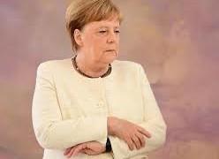 Cosa sono i tremori di Angela Merkel La cancelliera tedesca ha avuto già diversi episodi durante eventi pubblici. Dalle informazioni a nostra disposizione possiamo stilare alcune ipotesi (da AGI del 16 luglio 2019)